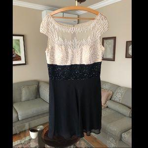 Dresses & Skirts - Women dress size 16 NEVER worn value 450$